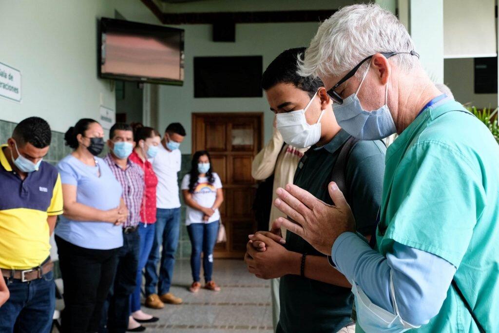 Doctors Prayer Honduras